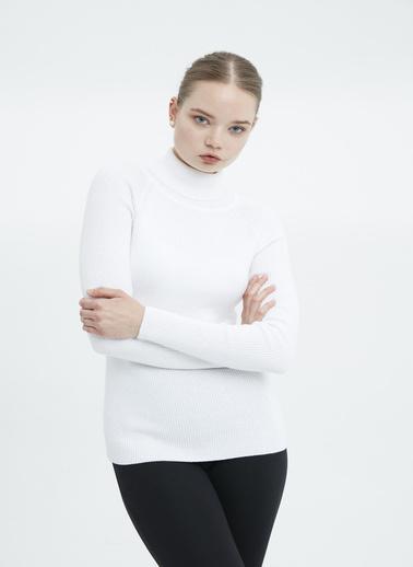 Stamina Kazak Beyaz
